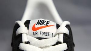 488298_037_air_force_1_04